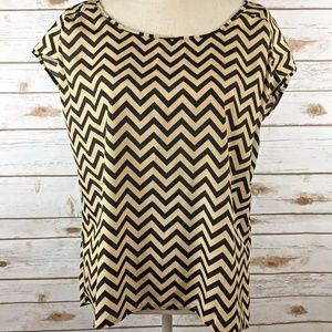 One Clothing Womens Blouse Tan Black ZigZag